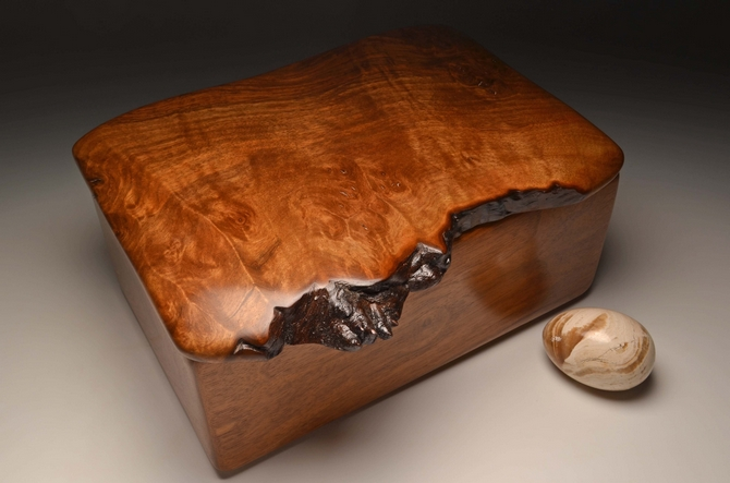 Handmade jewellery box from Walnut  No.0149