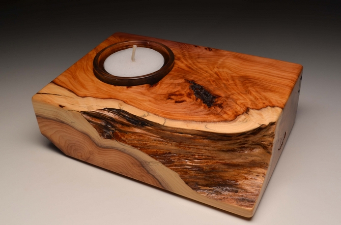 Solid Yew single tealight (VT 15)