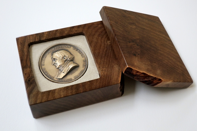 0207 Walnut box to house Turner medal