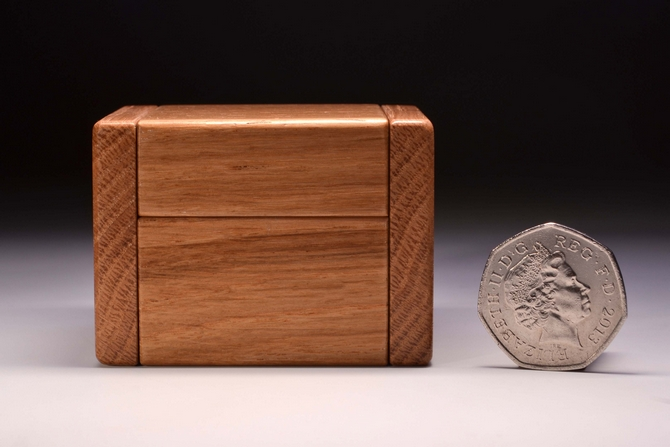Personalised Oak single ring box