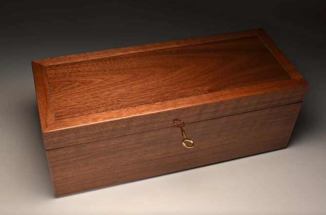 Walnut wine case