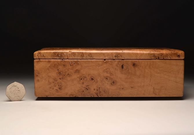 Burr Oak handmade trinket box No 0094
